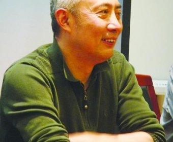 叶兆言新书再写南京 认为文学像爱情没有用