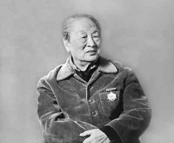 欧阳山尊:中国话剧的守望者