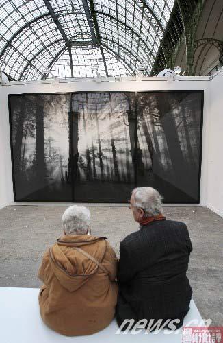 第36届国际当代艺术博览会在巴黎大皇宫举办