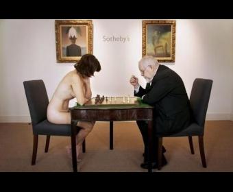 再现达达主义:裸体模特与艺术大师对弈
