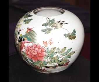 父辈珍藏茶叶罐是民国产物