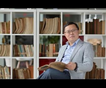《华语诗刊》专访赵晓梦