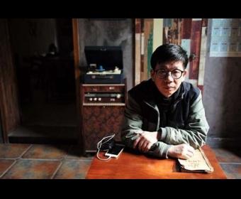 陈东东:我遇到词语溅起星空的先生